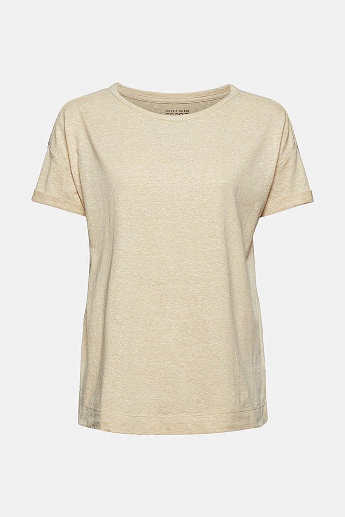 En matière recyclée: le t-shirt à teneur en coton bio