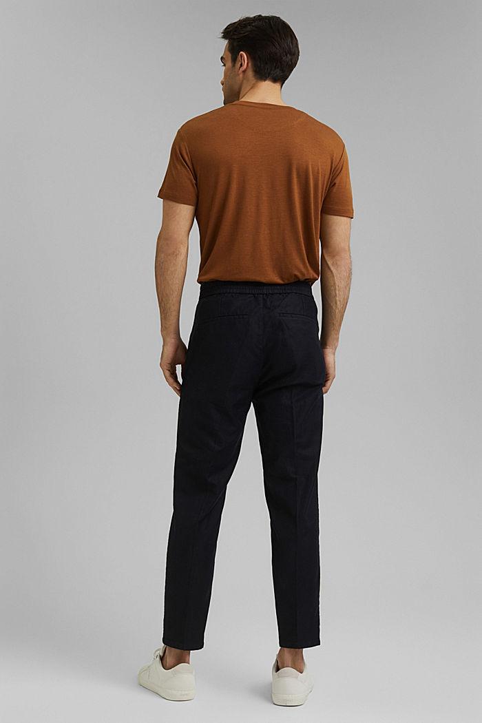 Met linnen/biologisch katoen: cropped chino in joggingstijl, BLACK, detail image number 3