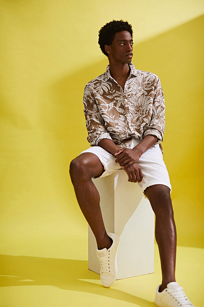 100% linen: premium shirt with botanical print