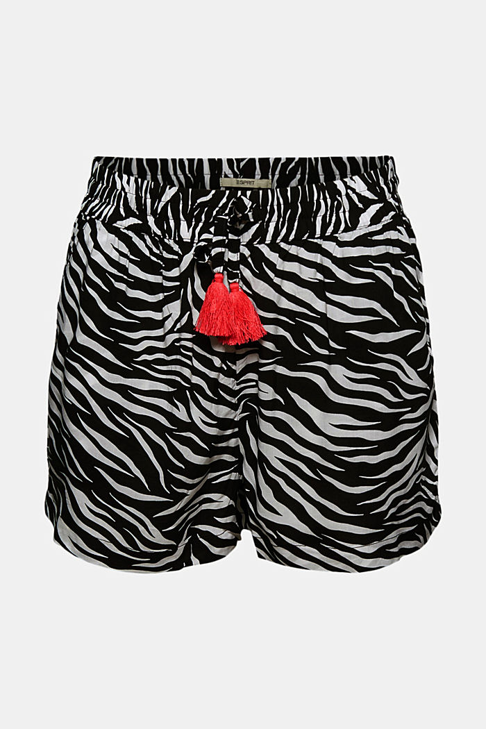Beach shorts made of LENZING™ ECOVERO™