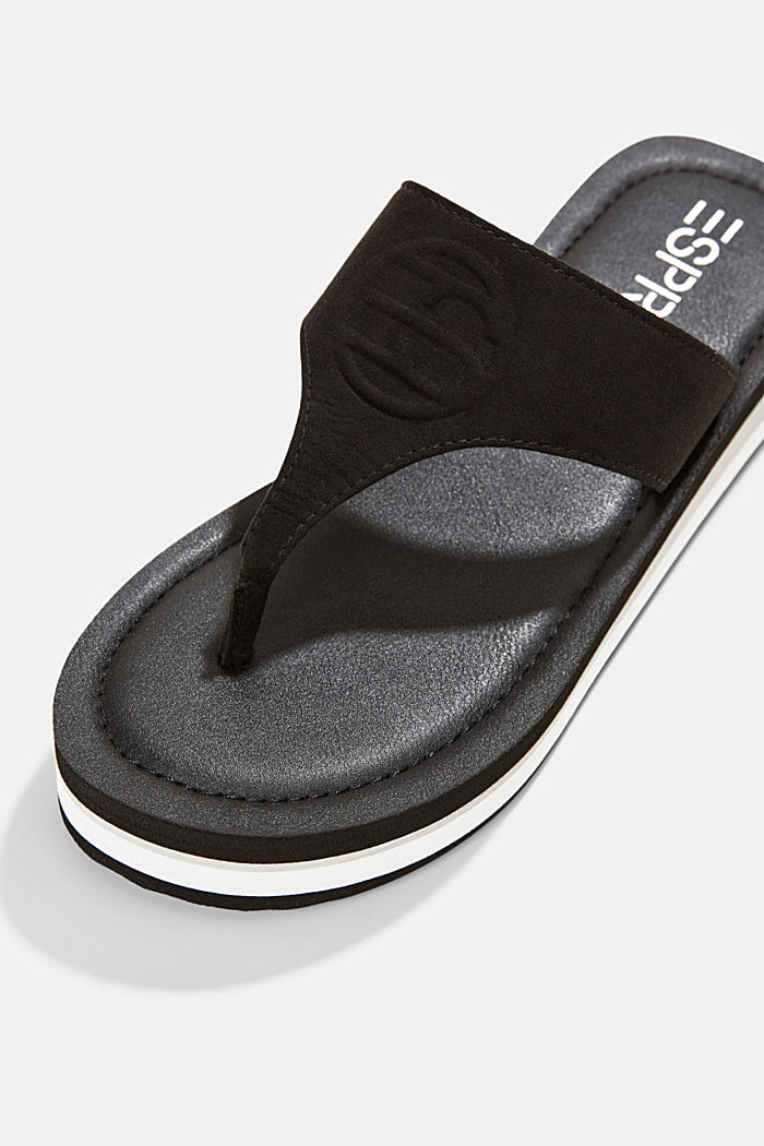 Thong sandals with faux leather and monogram, BLACK, detail image number 4