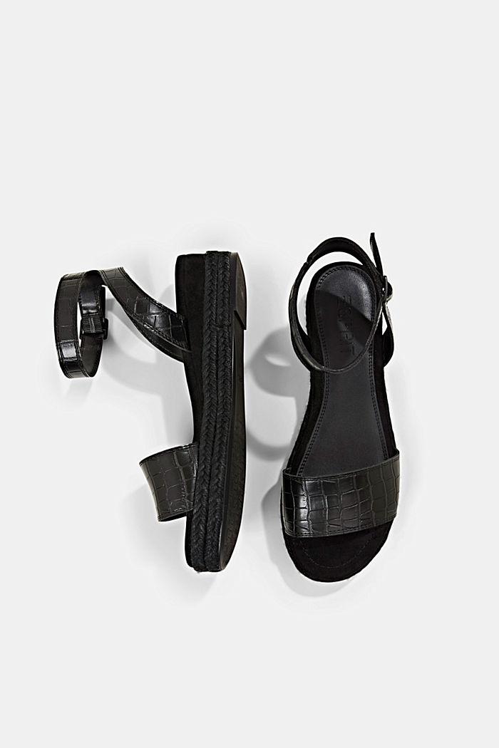 Sandal med bastsula och platå