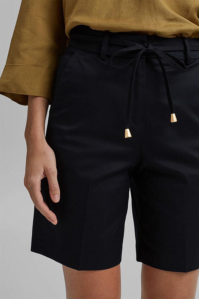 Prémiové šortky z kepru, s opaskem, BLACK, detail image number 2