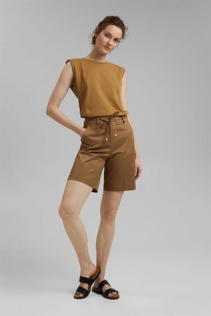 Hoogwaardige short van twill met riem