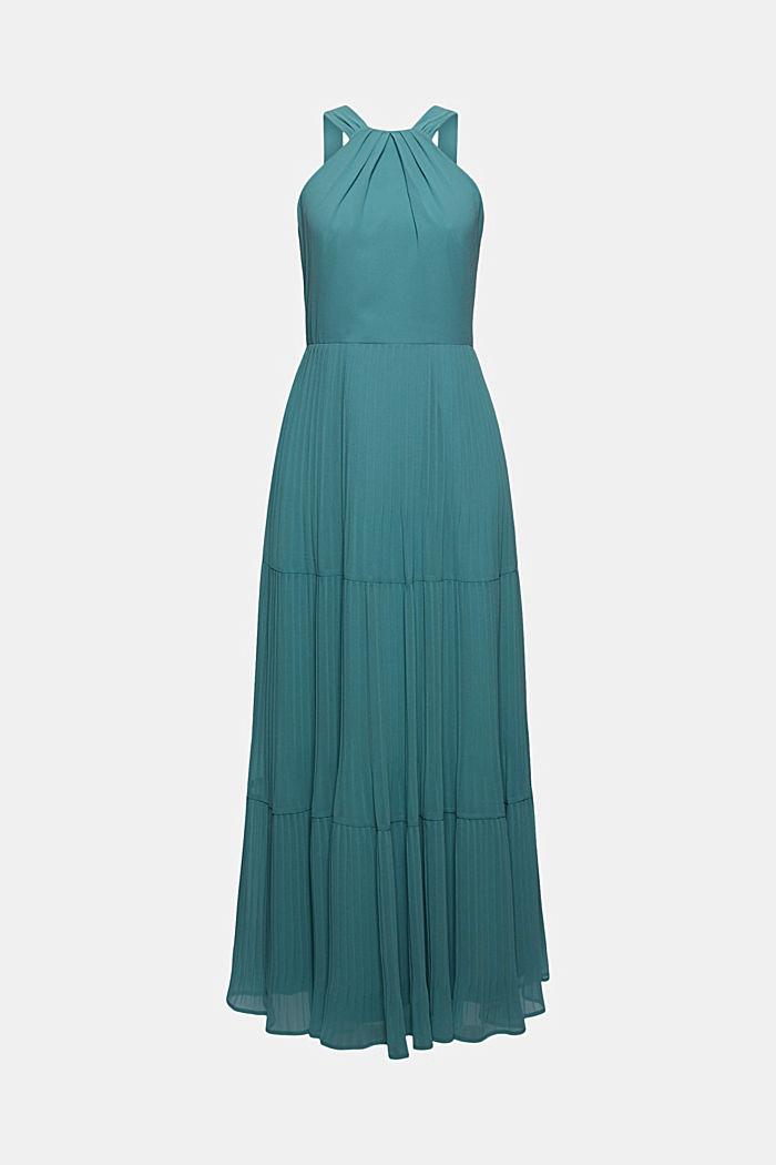 En matière recyclée: la robe dos-nu plissée