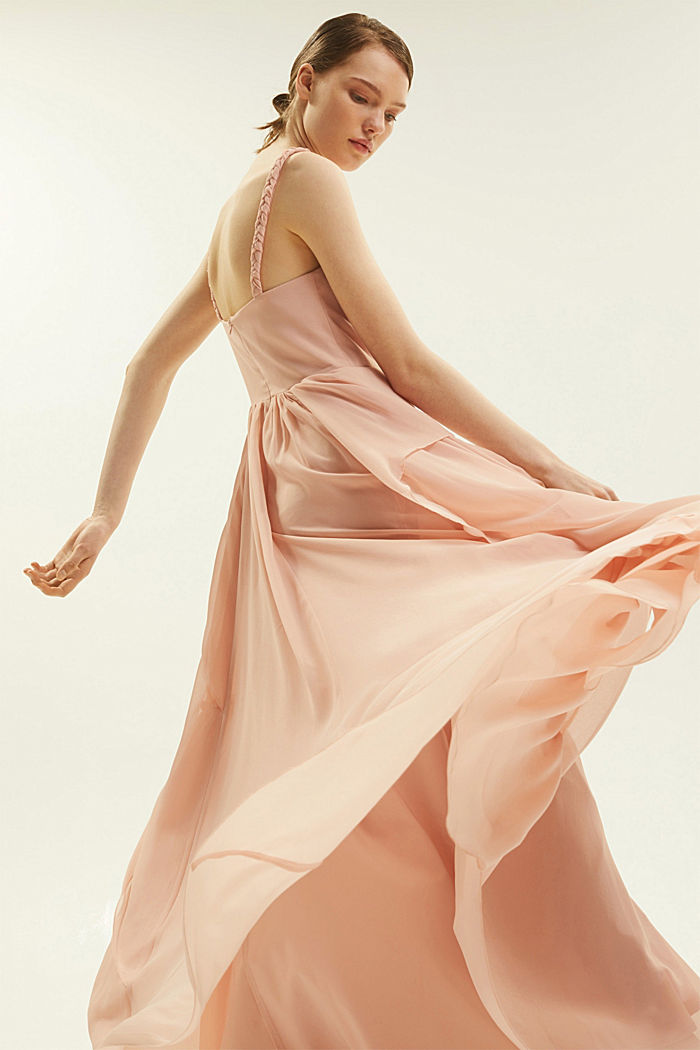 Recycled: chiffon dress in a layered look