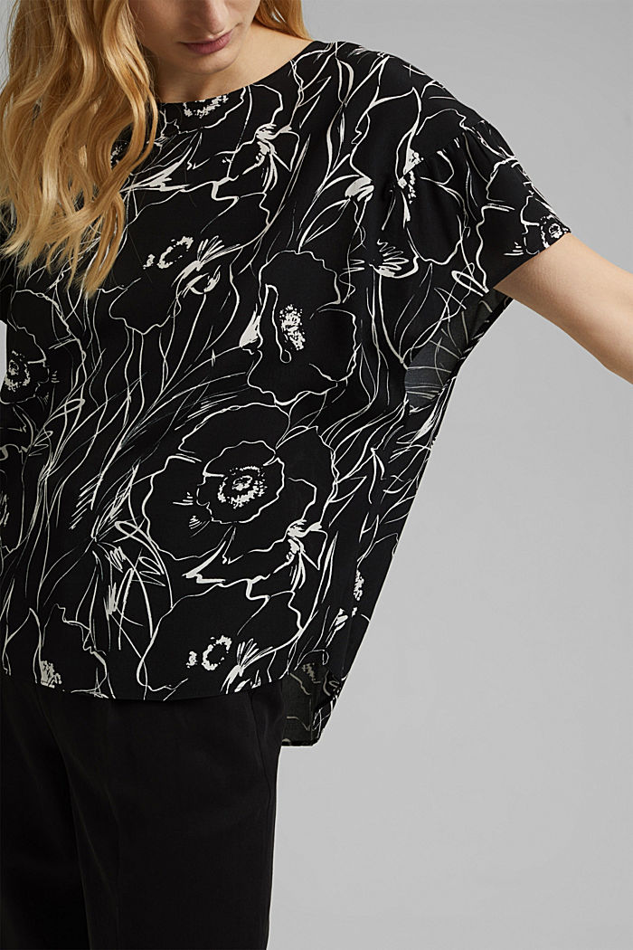 Printed blouse top with LENZING™ ECOVERO™, BLACK, detail image number 2