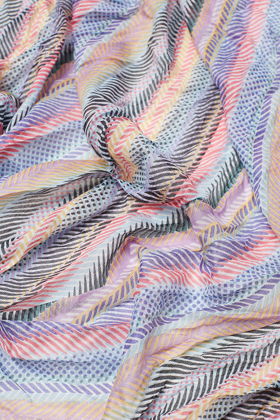 Multi-colour scarf with a silky sheen