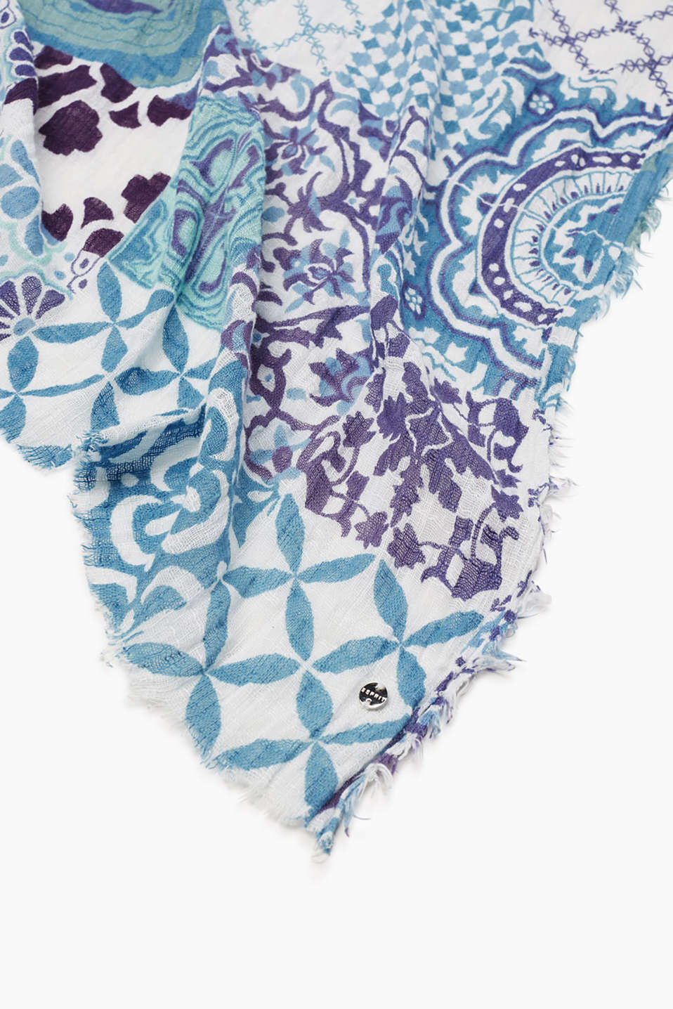 Oversized scarf in 100% cotton