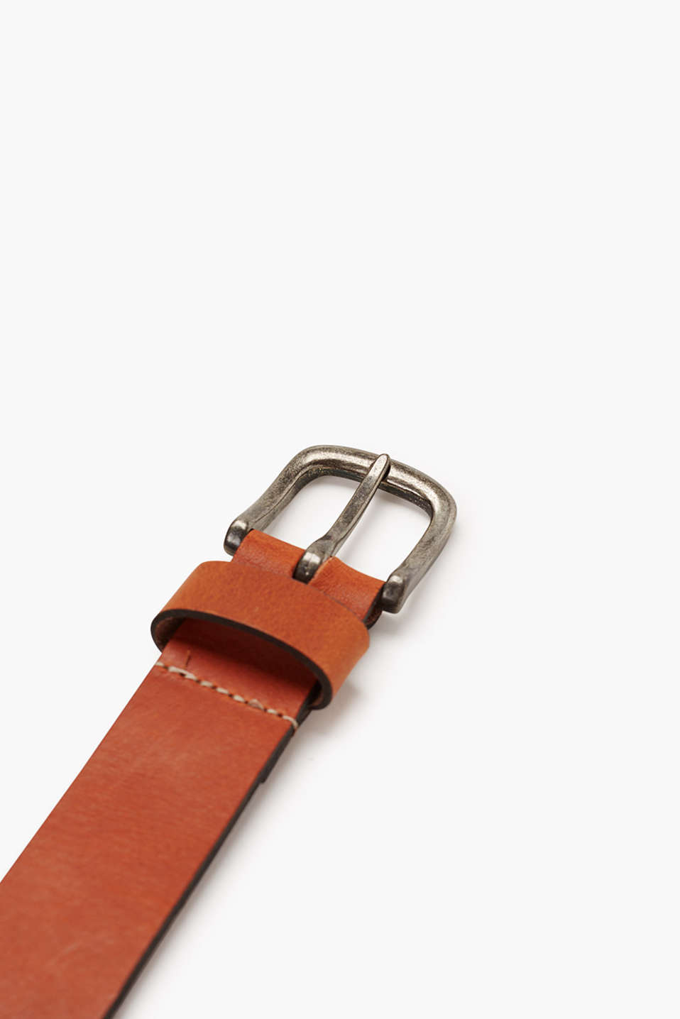 Vintage-style leather belt
