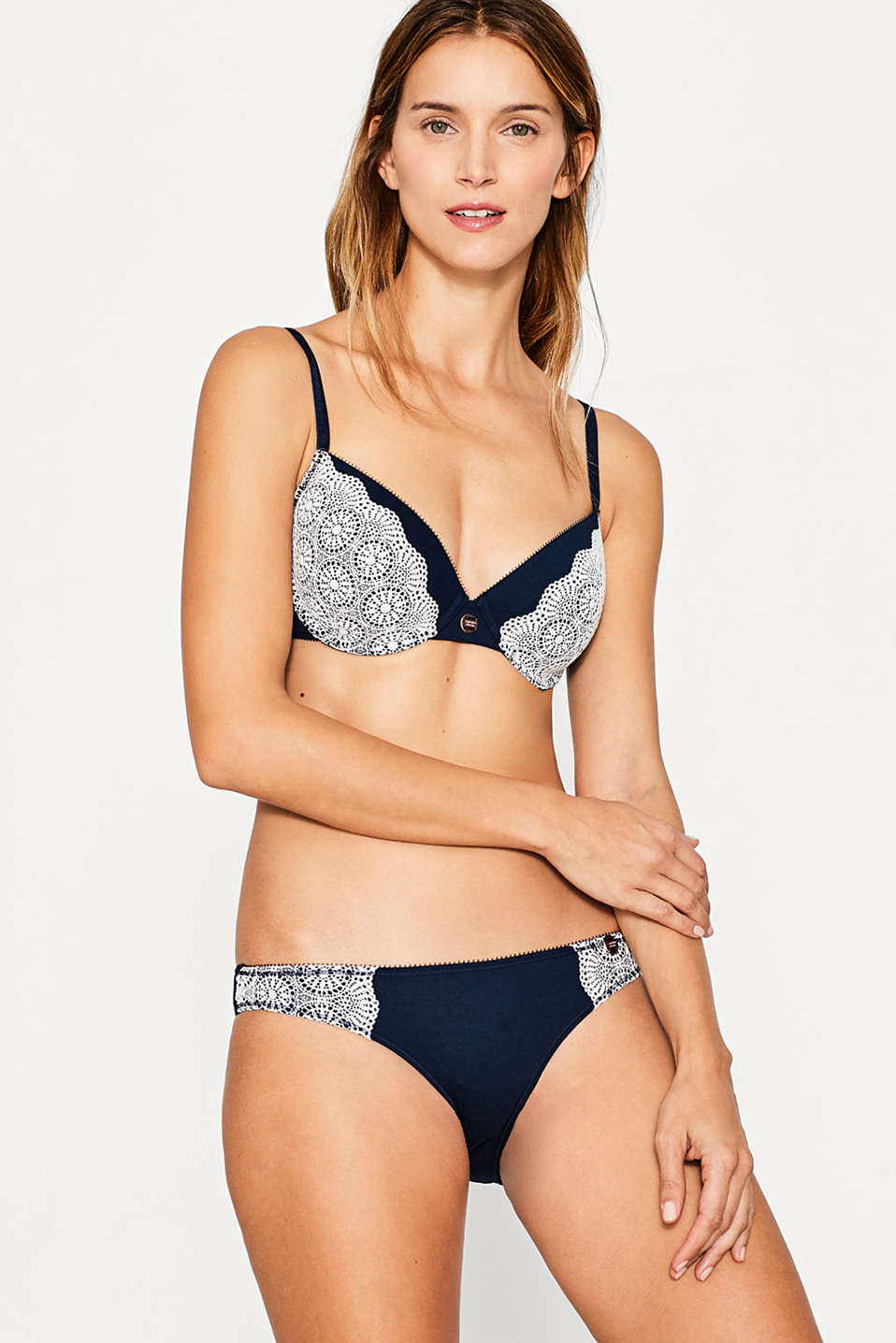 Esprit - Padded underwire bra with a lace trim