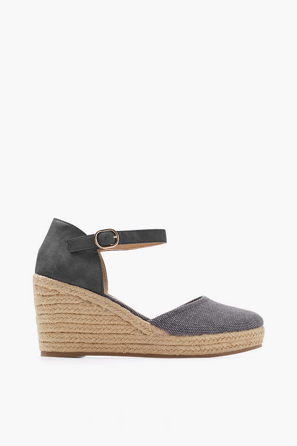 Wedges with a rubber-coated bast sole, closed heel and ankle straps