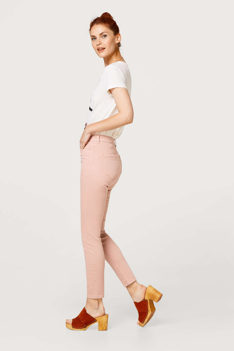 Cropped cotton trousers with added stretch for comfort