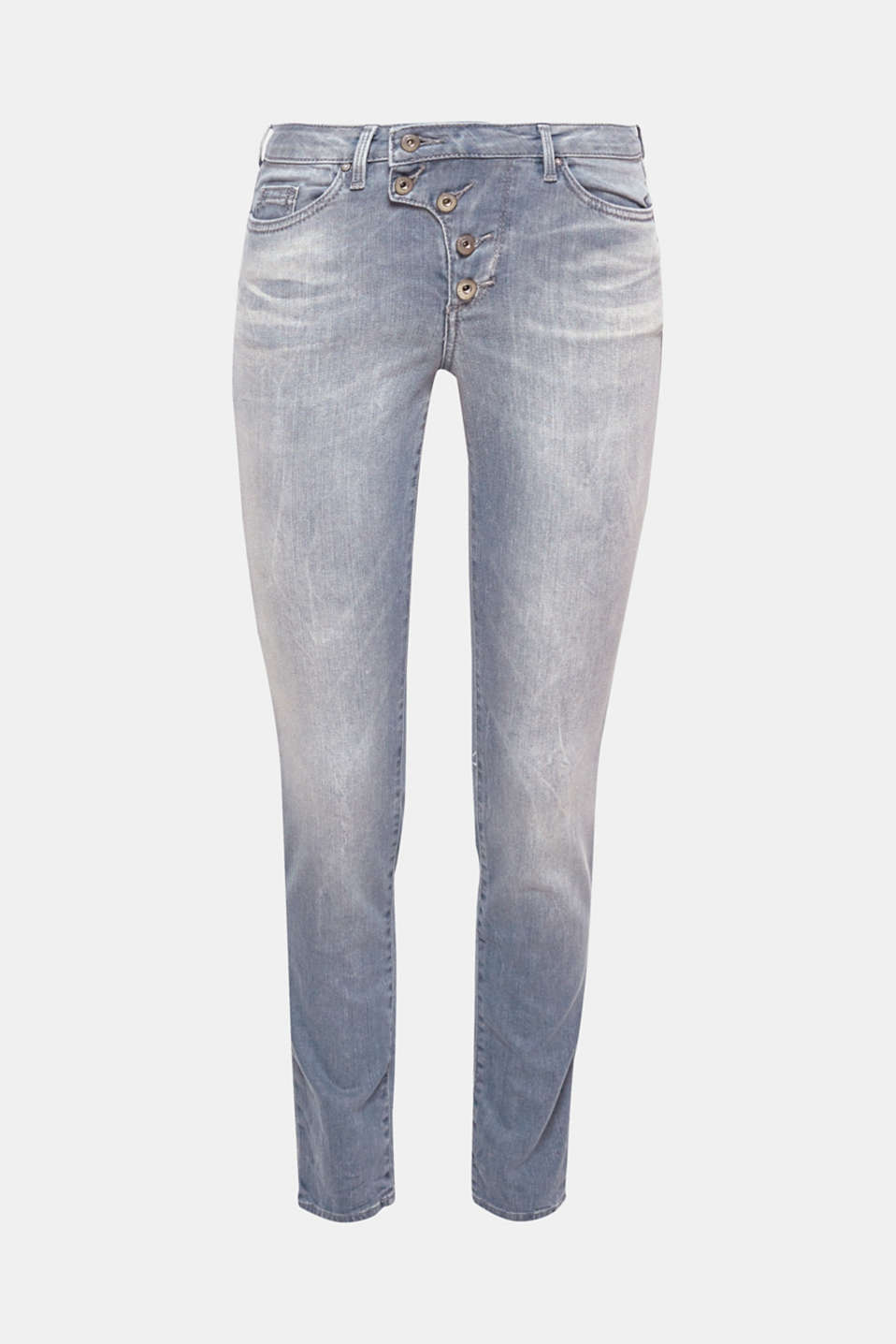 These trendy jeans with a vintage garment wash and stretch are an absolute style highlight with the striking button fly.