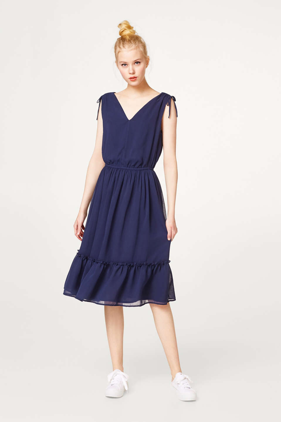 Midi dress in delicate crinkle chiffon