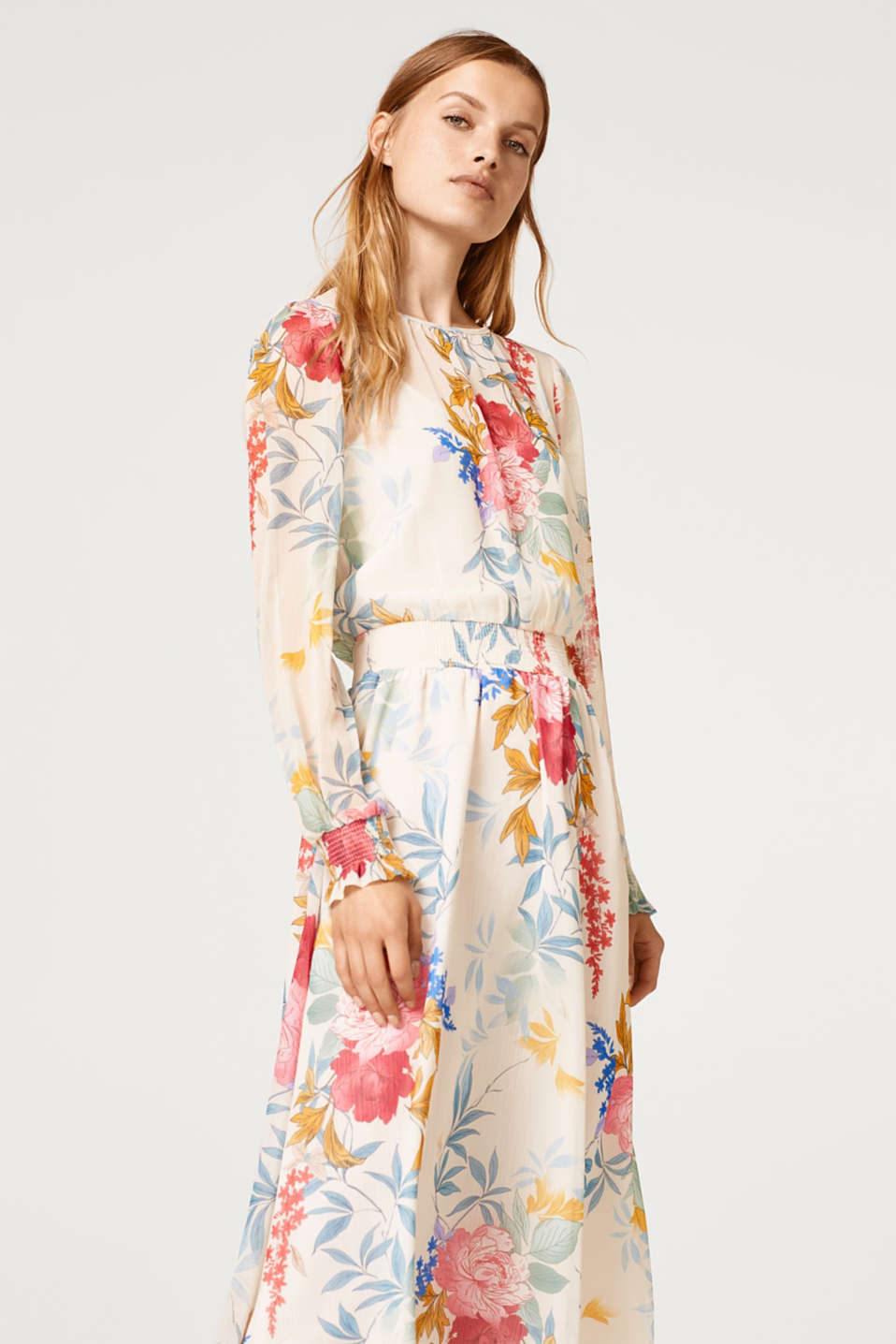edc - Midi dress in delicate chiffon with a floral print