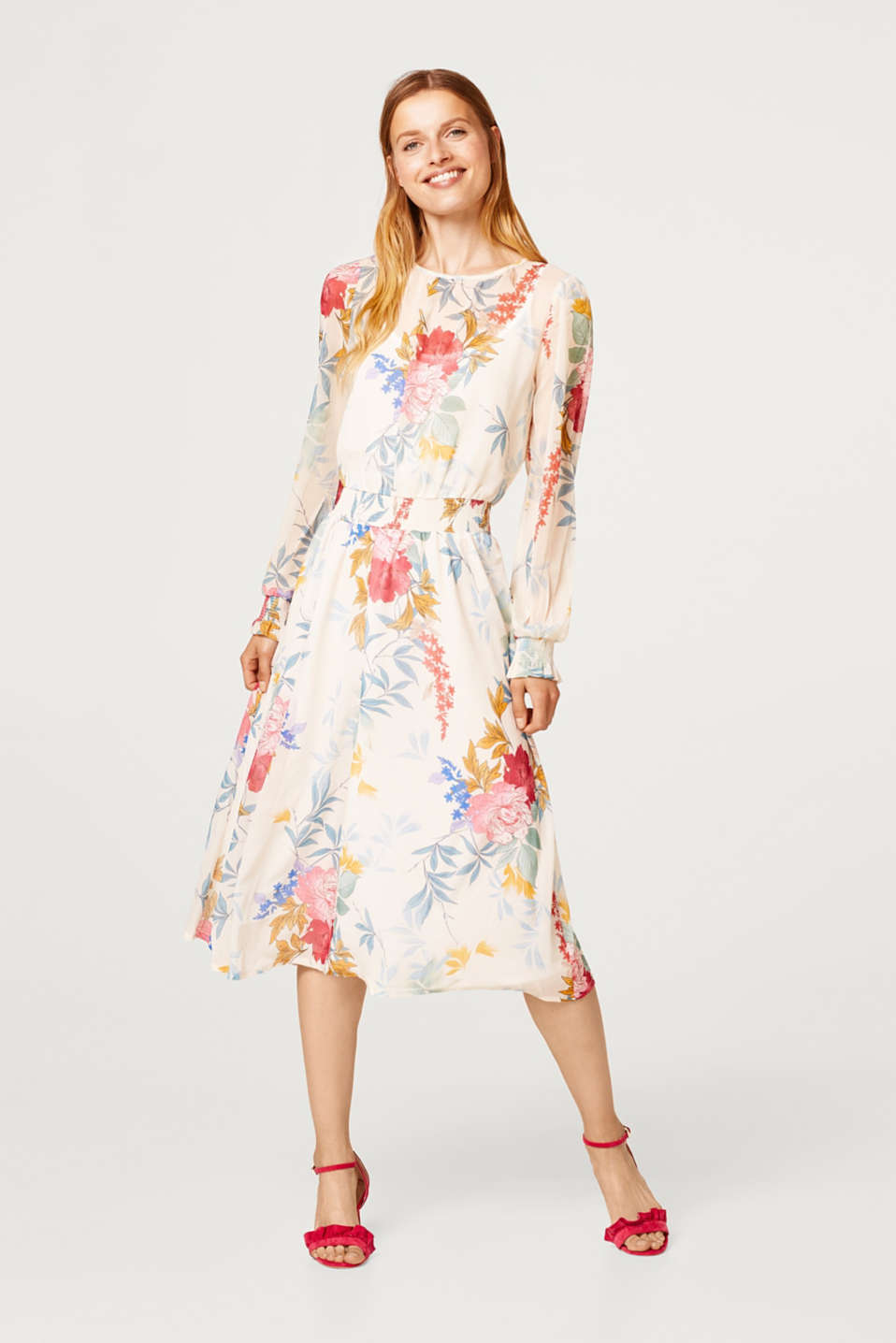 Midi dress in delicate chiffon with a floral print