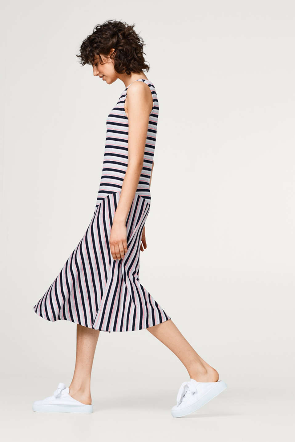 Swirling midi dress in ribbed jersey