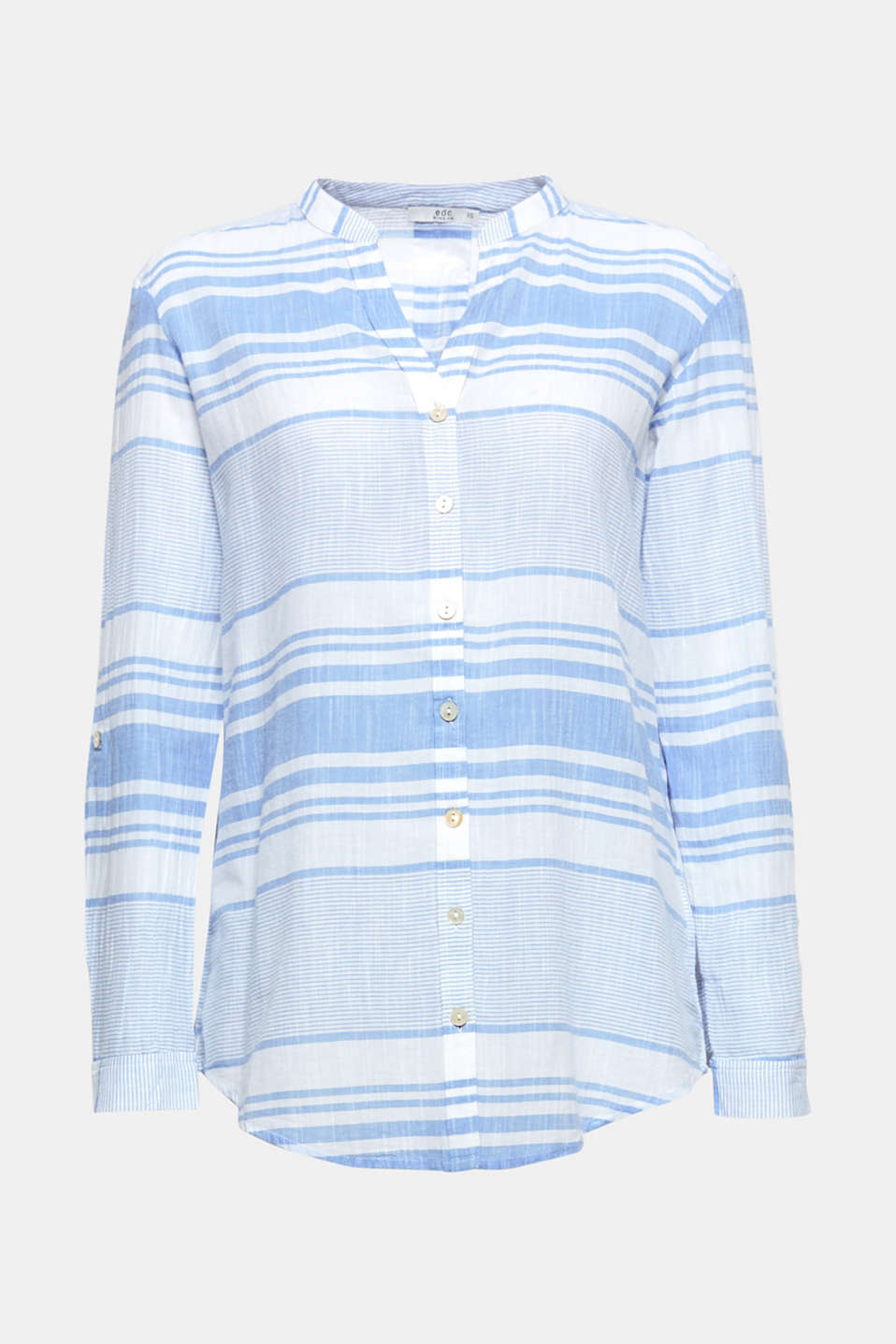 Airy, lightweight cotton fabric, fresh stripes and casual turn-ups make this blouse an ideal partner to relaxed summer looks.