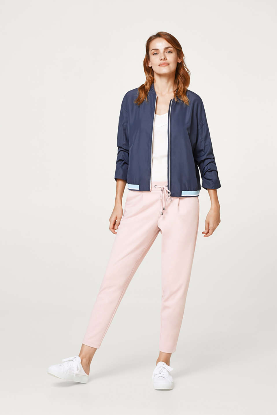 Ultra-lightweight bomber jacket with pretty details