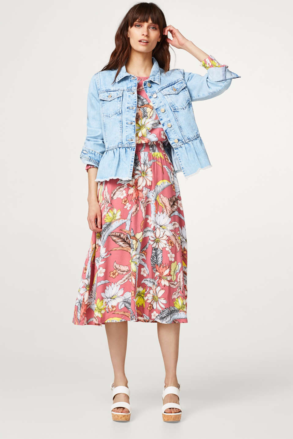 Denim jacket with a frilled hem