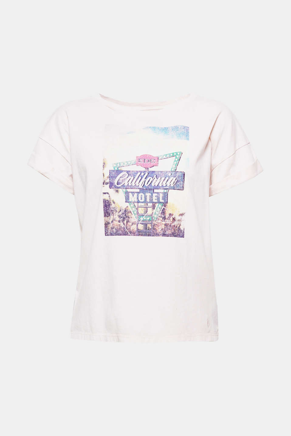 The colourful front print makes this boxy T-shirt made of soft cotton a summery free time fave!