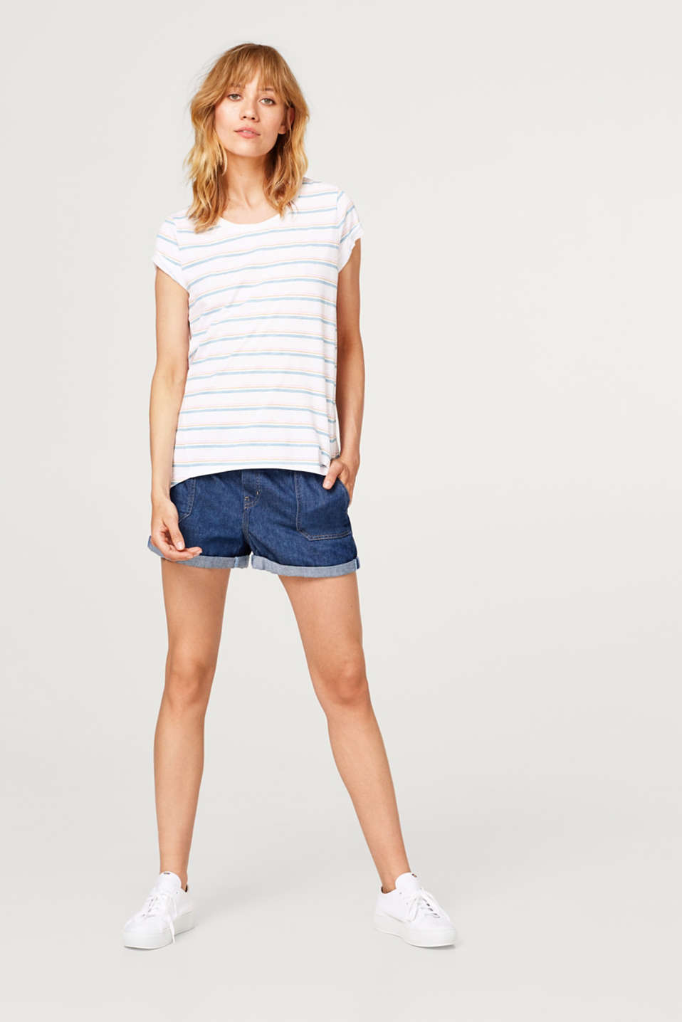 Slub T-shirt with a striped pattern, 100% cotton