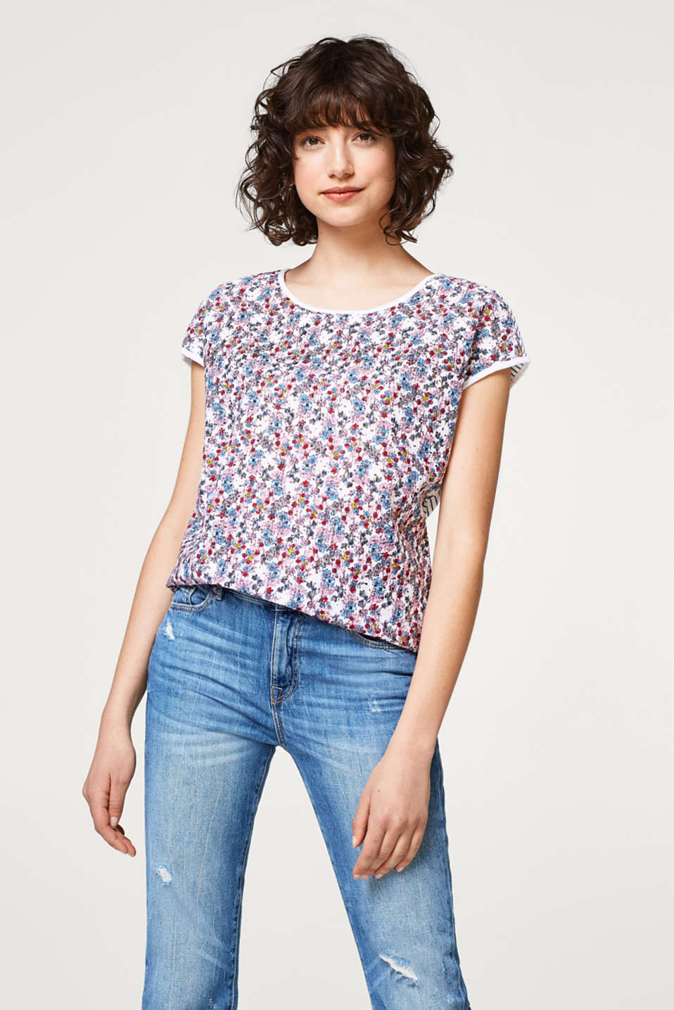 edc - Pattern mix T-shirt in broderie anglaise and jersey
