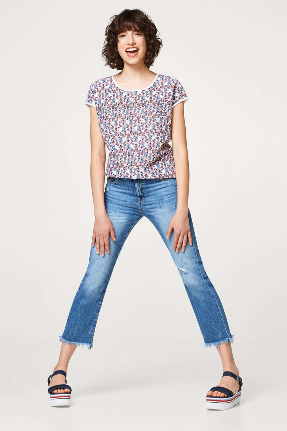 Pattern mix T-shirt in broderie anglaise and jersey