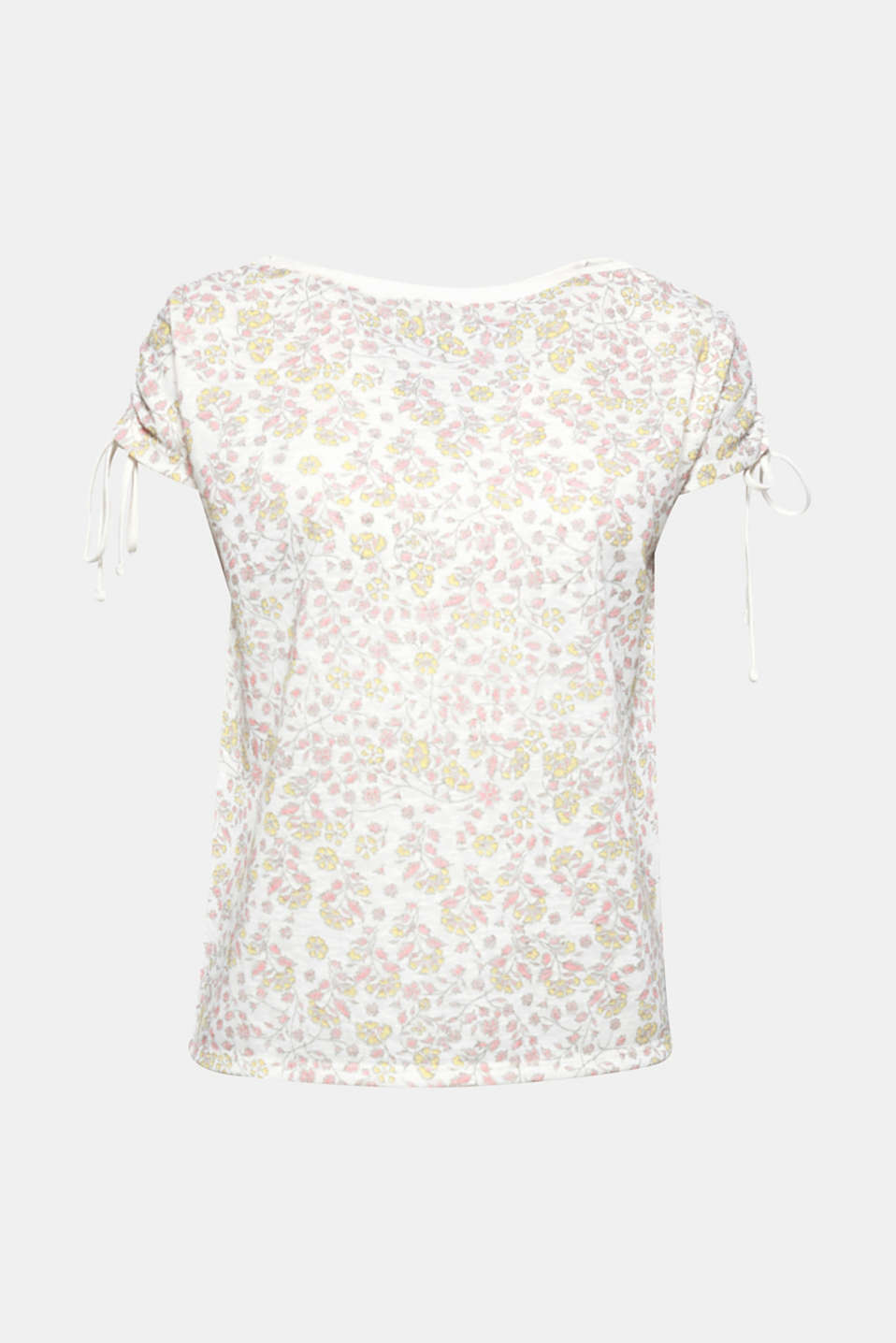 Pretty top in cool blended linen: various prints and gathered shoulders give this style its spring flair!