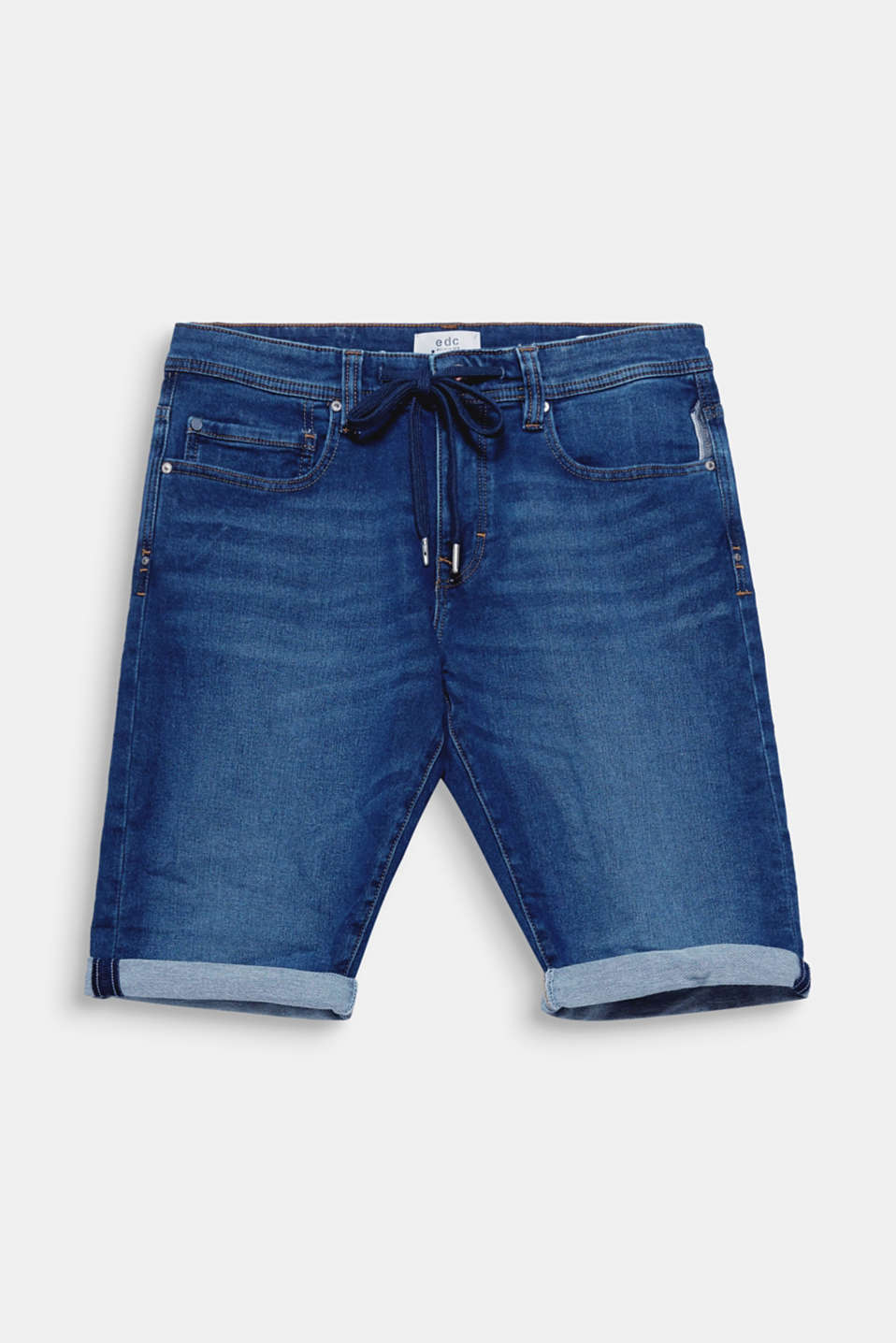 We love denim! Turning up the leg cuffs highlights the style of these casual denim shorts.