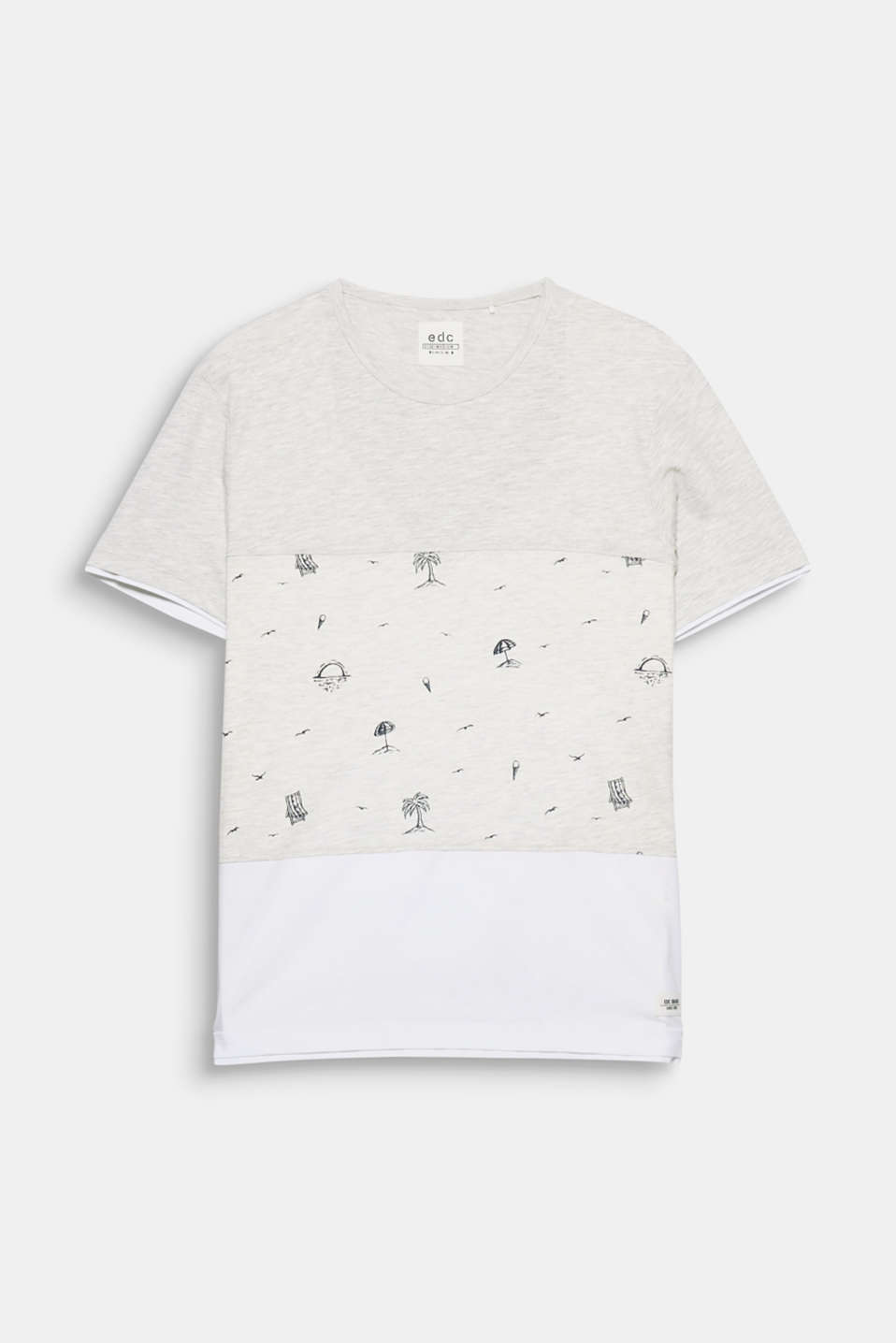 We can hardly wait for summer! And the charming, small prints on this T-shirt are getting us in exactly the right mood.