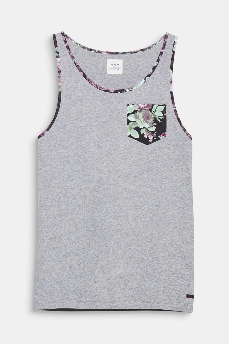 We love summer! The floral accents gives this vest a summery look.