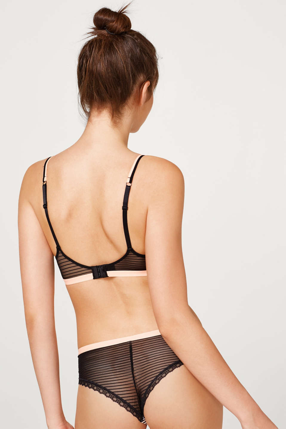 Soft bra with a cat print and textured stripes