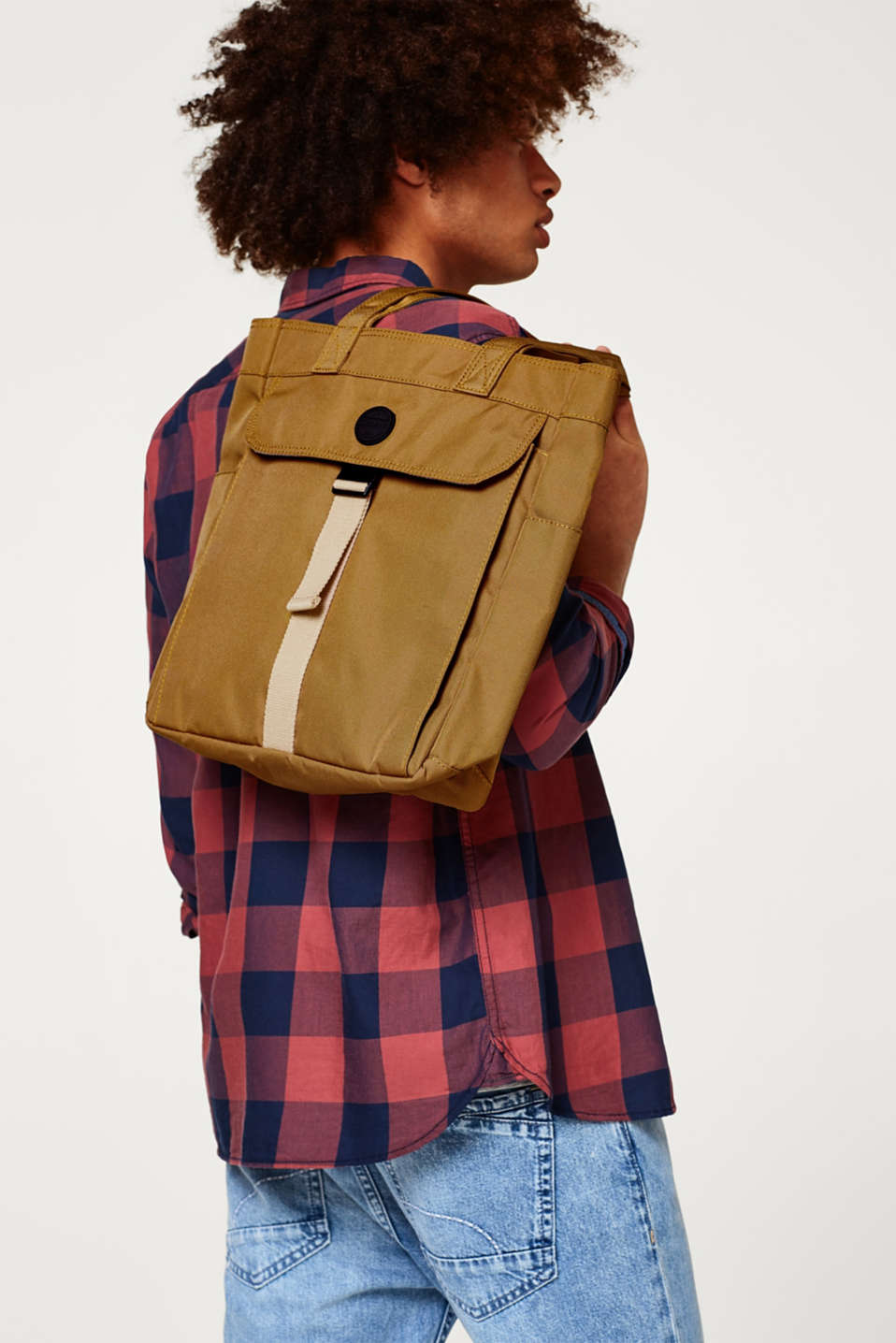 Tote bag in robust canvas with a large front pocket