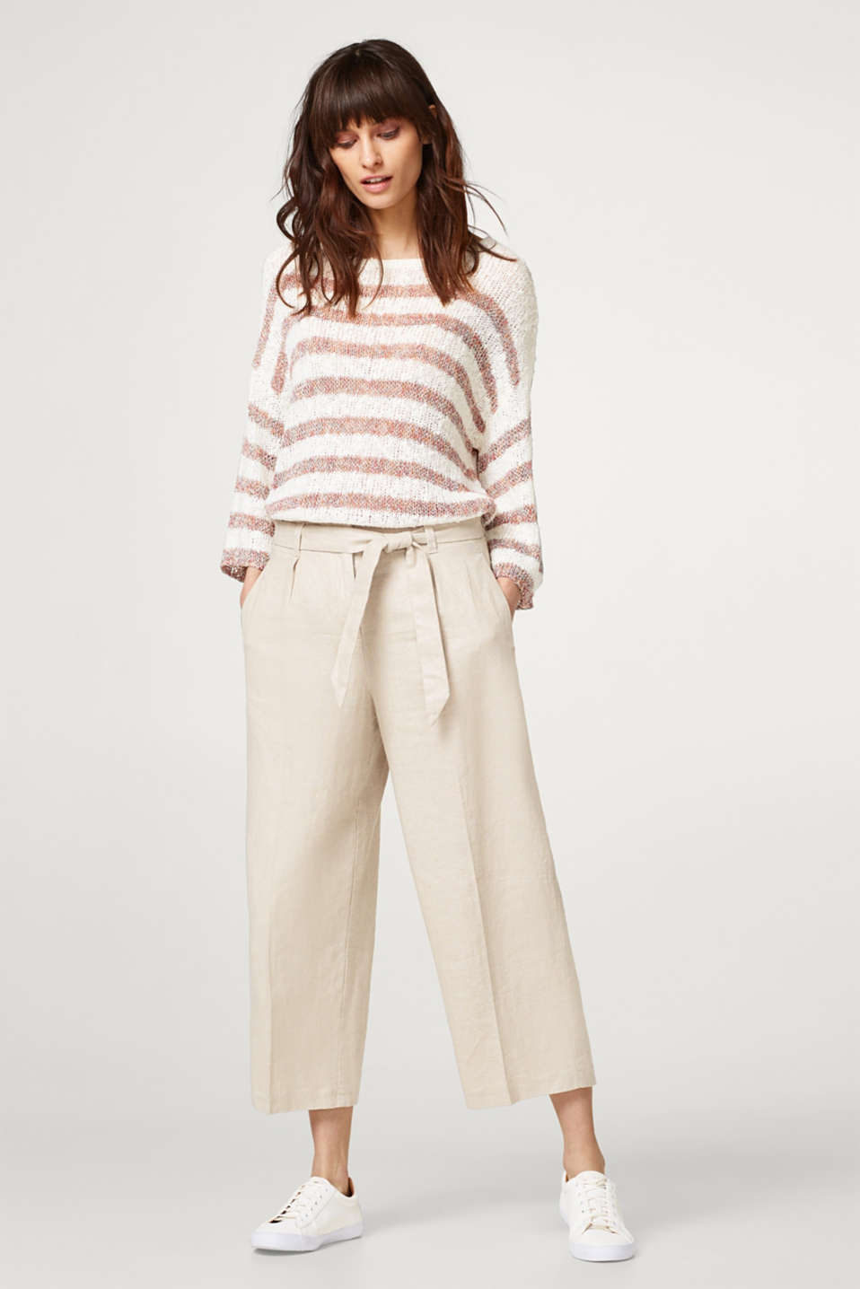 Esprit - Cropped trousers made of glittering blended linen