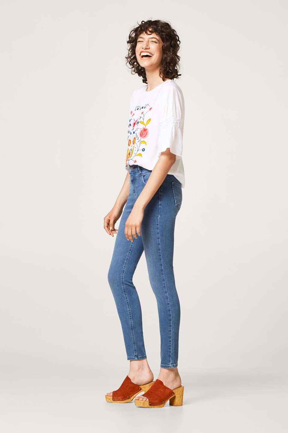 Esprit - Shaping jeans with a high-waisted waistband