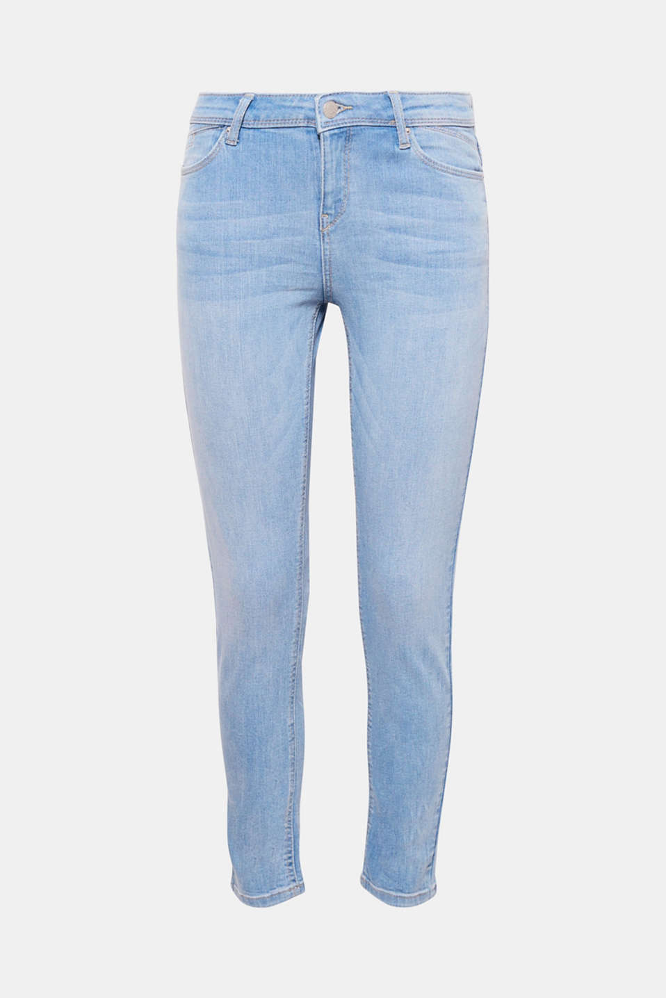 Say hello to your new summer jeans featuring cropped legs and a faded, bleached-effect wash!