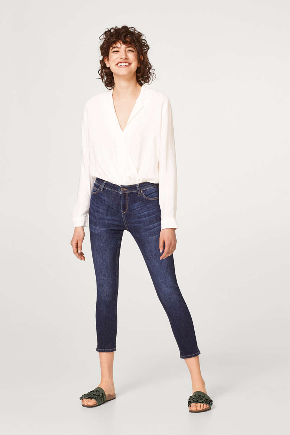 Stretchy, summery capri length jeans