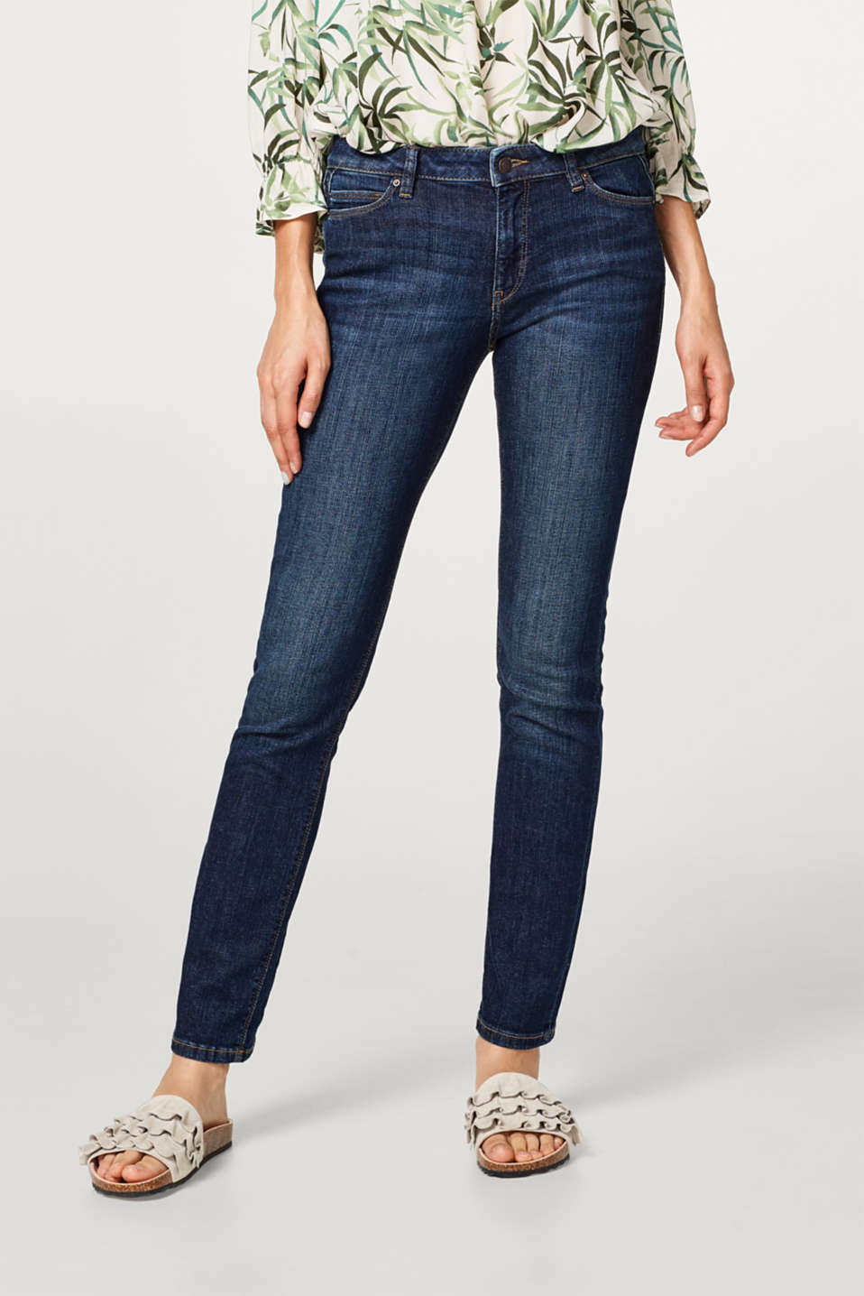 Esprit - Stretch jeans in an authentic wash