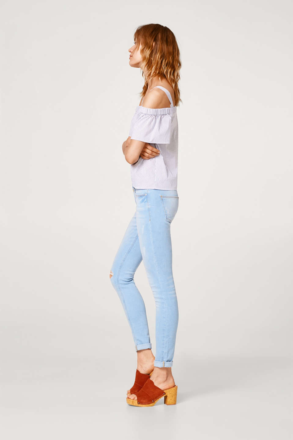 Esprit - Bleached-effect stretch jeans with two buttons