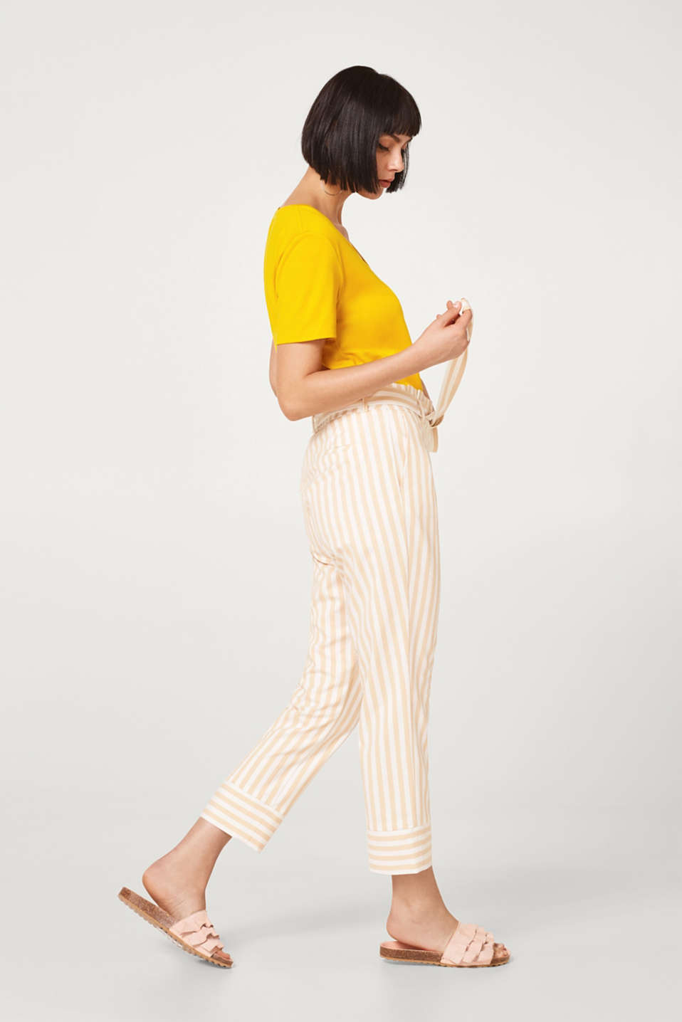 Esprit - Paperbag trousers with stretch and stripes