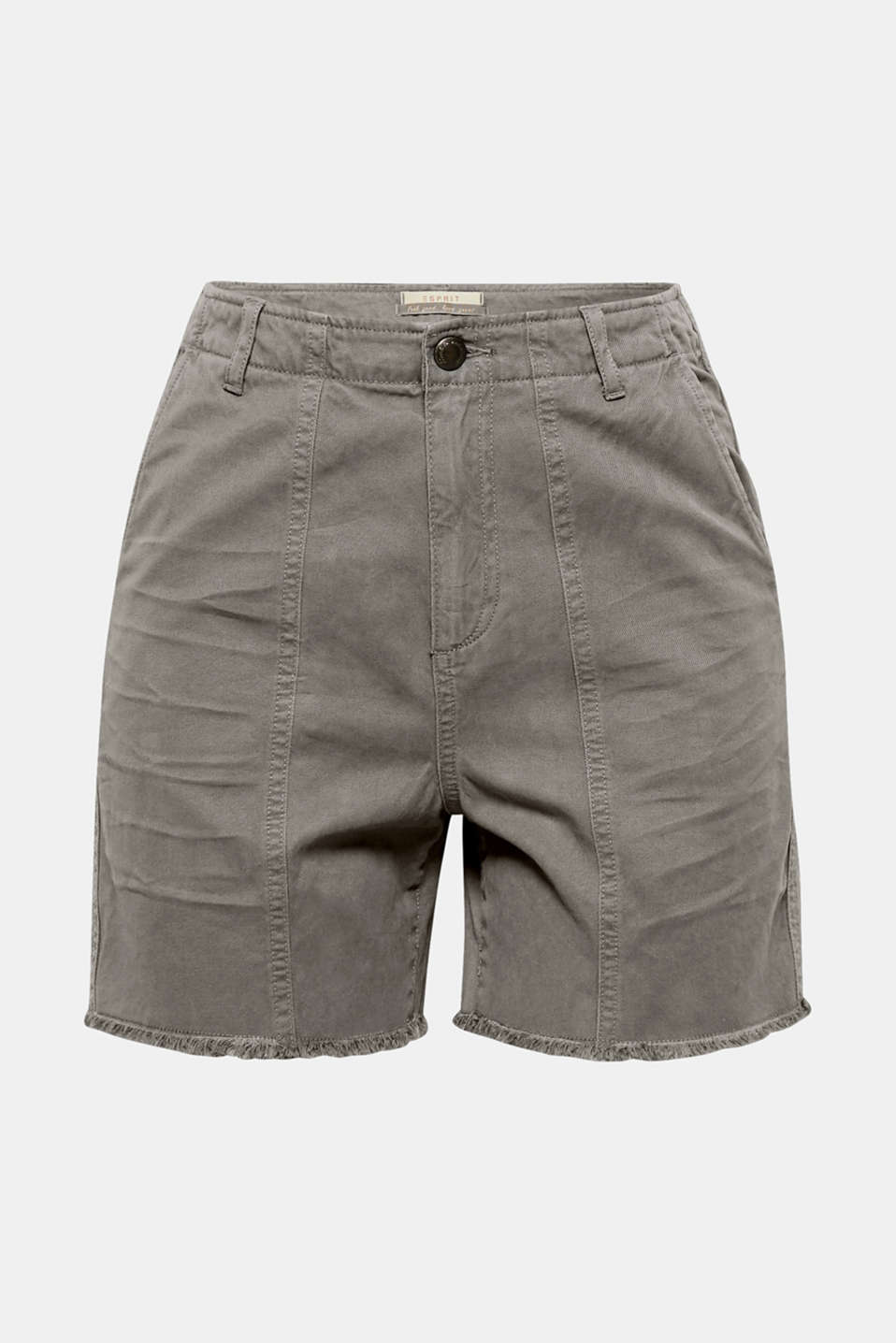 The fine texture and frayed hem give these cotton shorts their summery, casual flair!