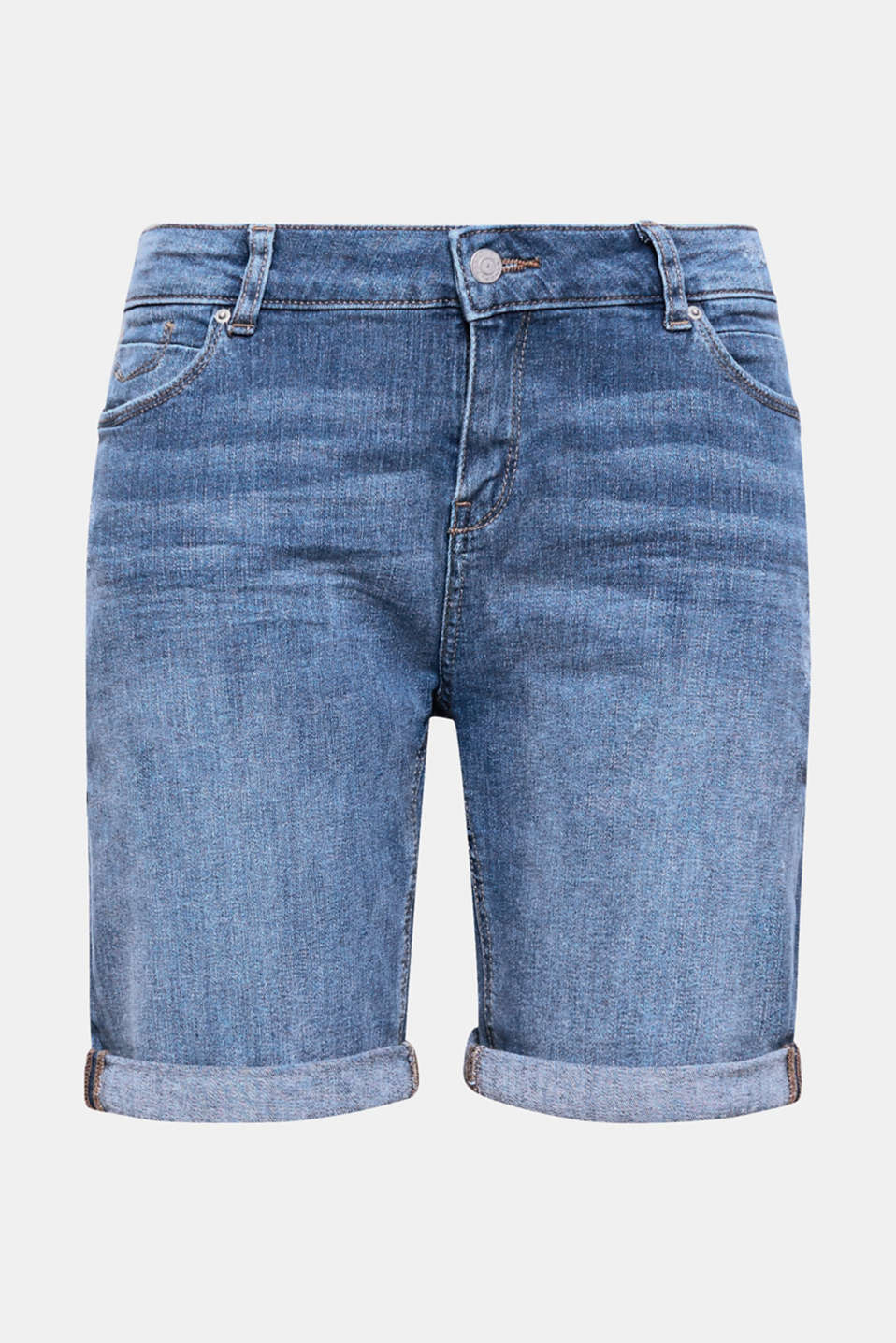 En klassiker til luftige sommerlige stylings! Disse shorts i stretchdenim er et trendy highlight med destroyed-effekterne og variable opslag på buksebenene.