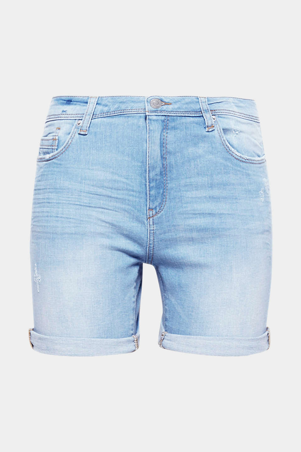 Your new off-duty companion has arrived: Shorts in a five-pocket design made of bleached denim with vintage effects