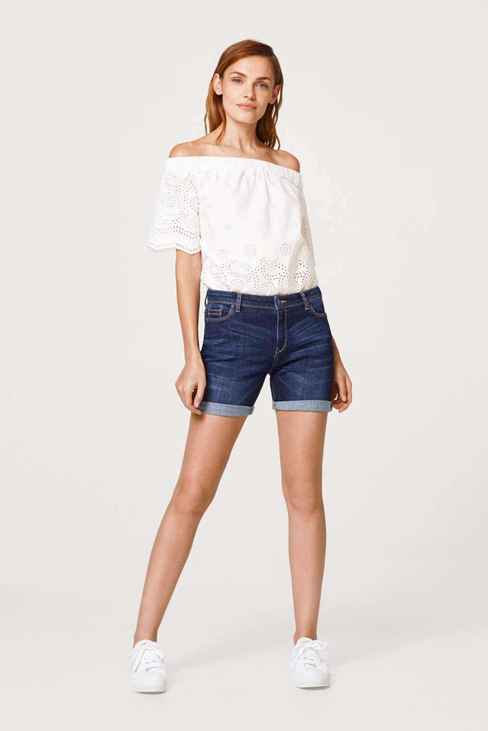 Esprit - Stretch denim shorts in a five-pocket style