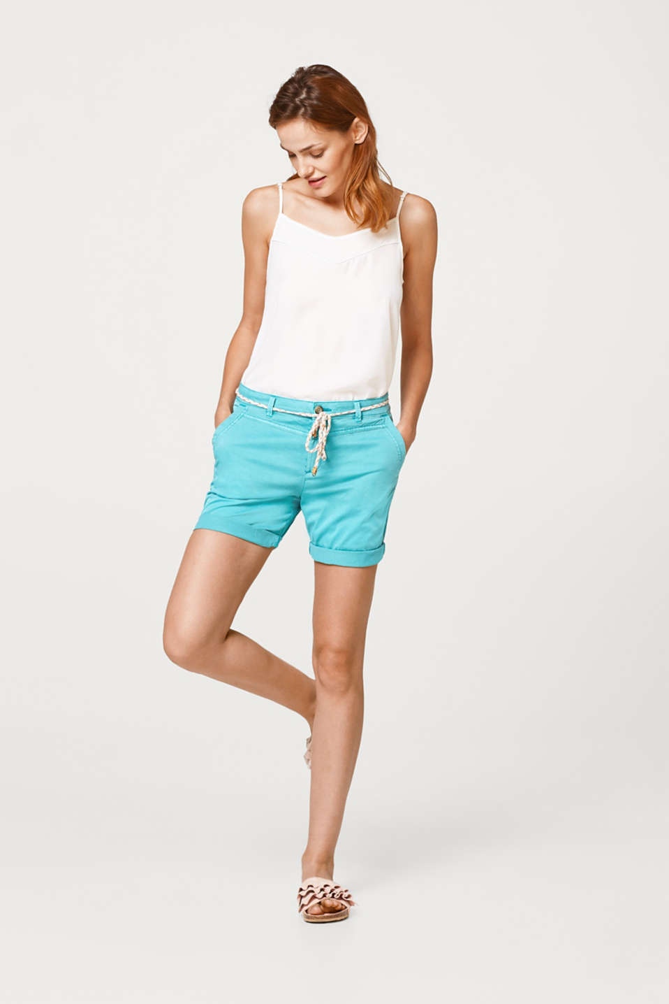 Cotton stretch shorts with a narrow cord belt