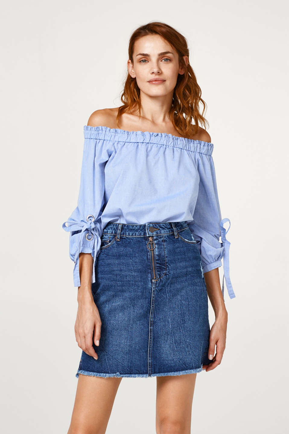Esprit - A-line stretch denim skirt with a frayed hem