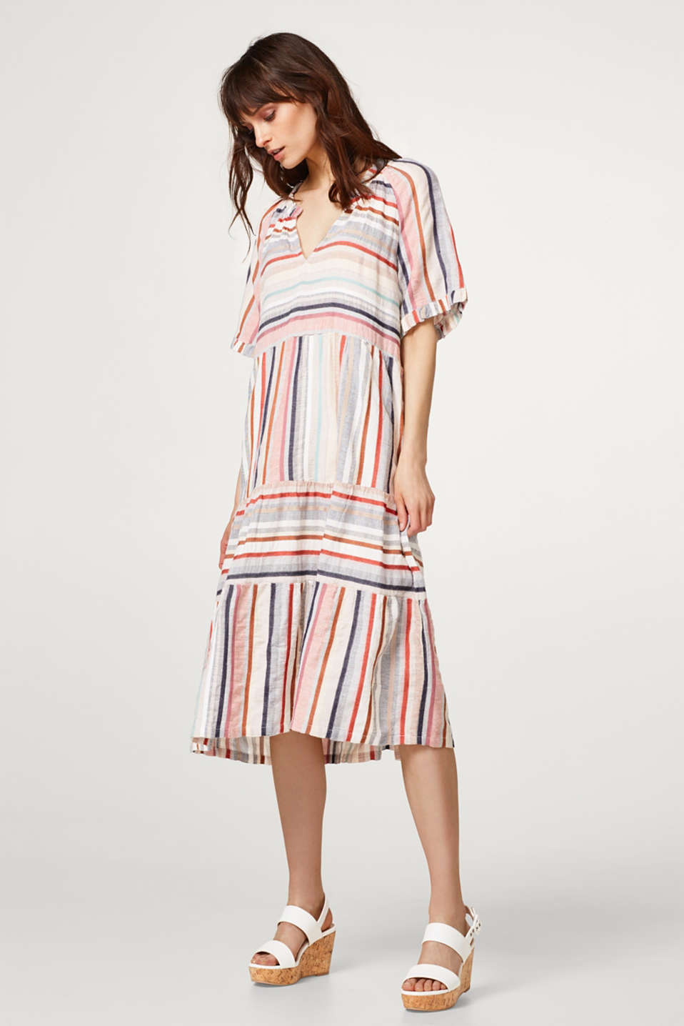 Esprit - Airy midi dress with multi-coloured stripes