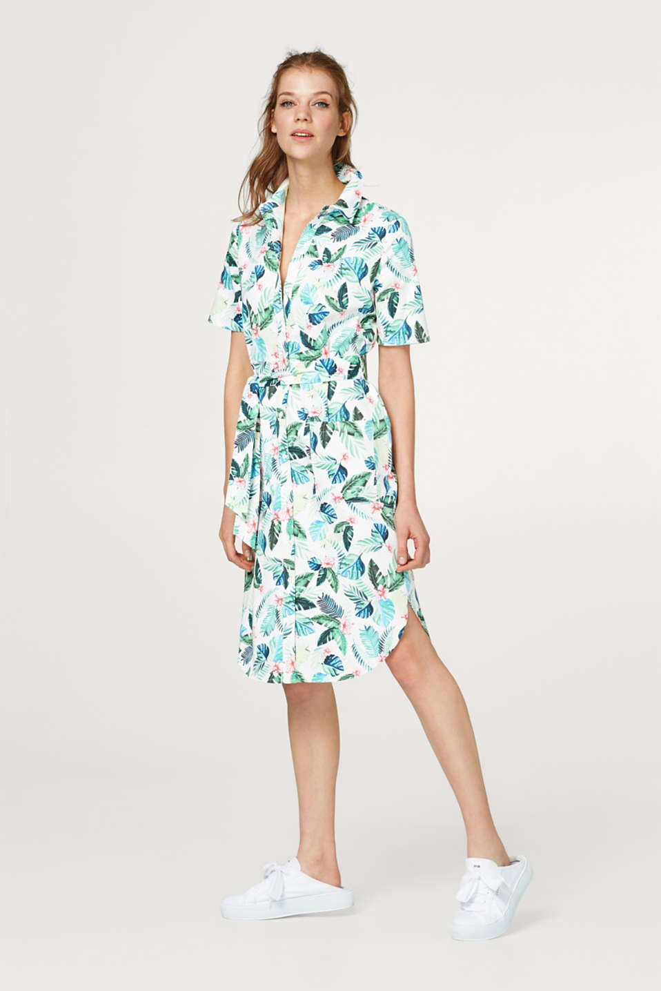 Print dress made of stretch cotton with a tie belt